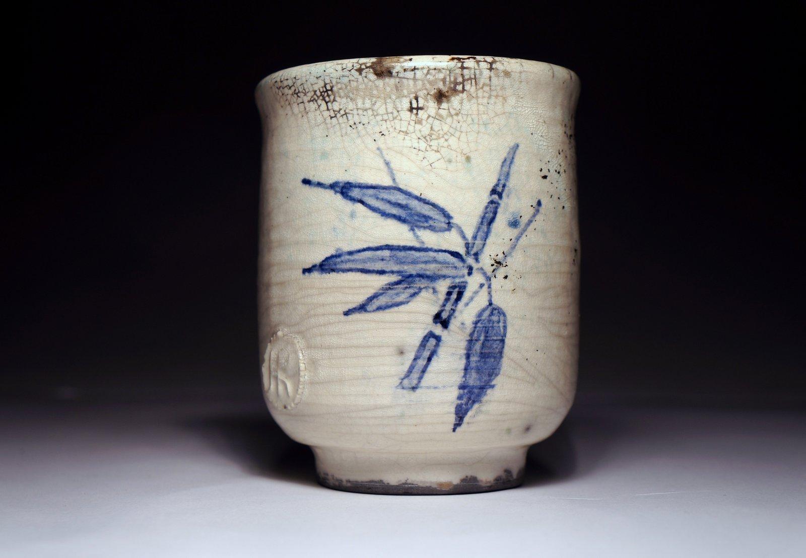 Ręcznie malowana czarka do herbaty (yunomi) #66