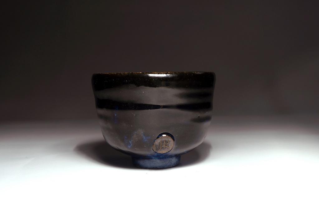 Czarno-niebieska czarka do herbaty #103
