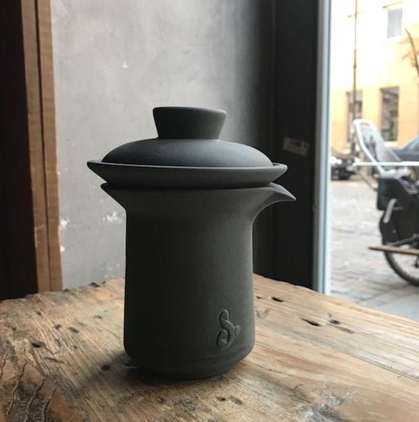 Pierwszy prototyp czarnego Slowpresso