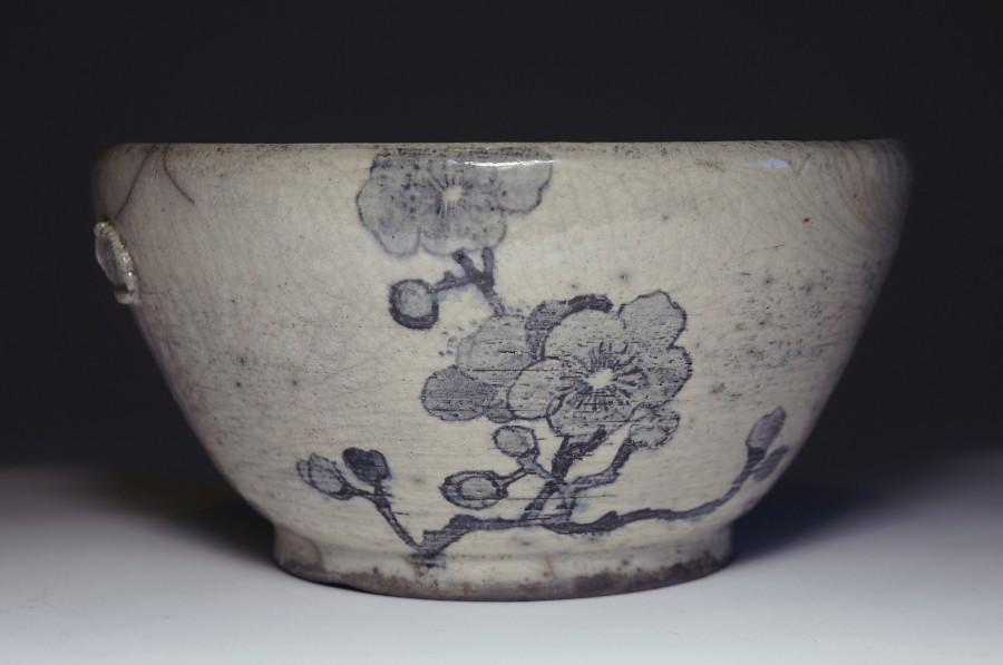 Justyna Karamuz • painted bowl