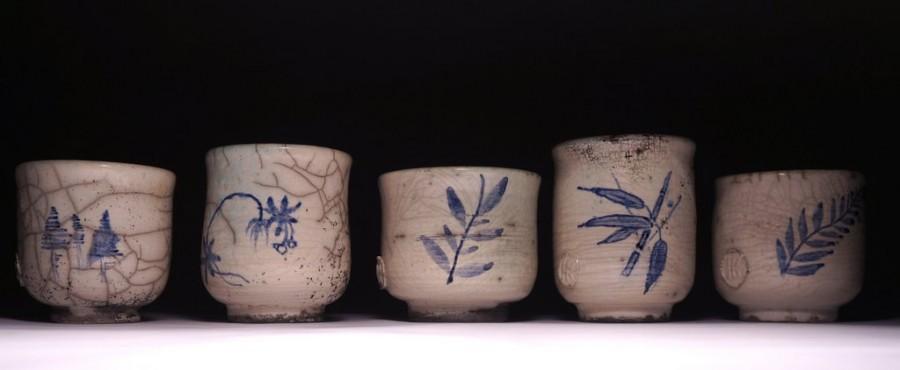 Set of painted tea bowls