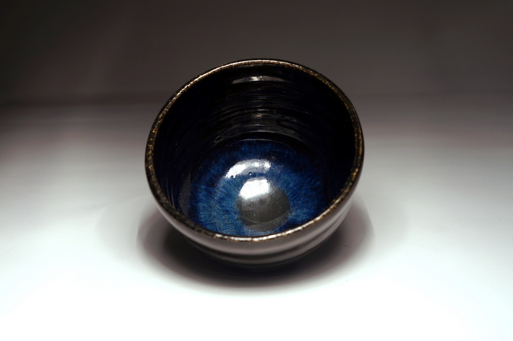 Black tea bowl by Mojaceramika.pl